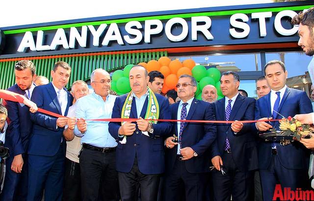 Alanyaspor Store açılış