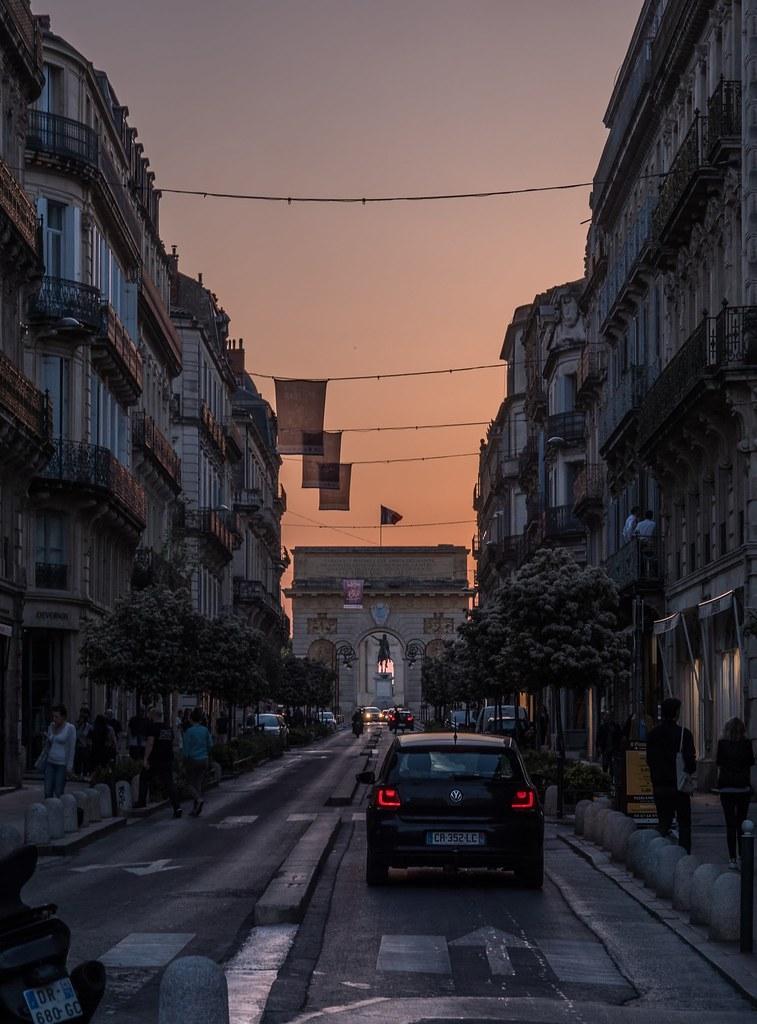 Montpellier : ville d'ombre et de lumière... La suite 41615444282_0ab4bc395e_b