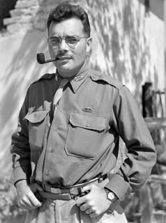 Major Jack Myer Secter, First Special Service Force, Anzio beachhead, Italy / Le major Jack Myer Secter, Première Force de Service spécial, tête de pont (zone sécurisée) d'Anzio (Italie)
