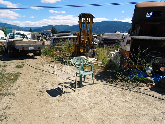 car junk yard (2)