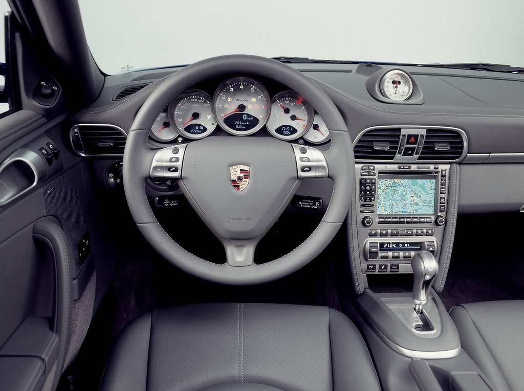 2006-Porsche-911-Turbo-Interior-1920x1440