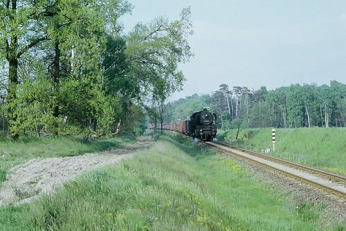41 1033 kurz hinter dem Bahnübergang Klötze/Kusey