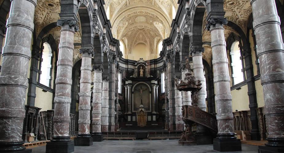 Wat te doen in Namen (Namur), België? Église Saint Loupe | Mooistestedentrips.nl