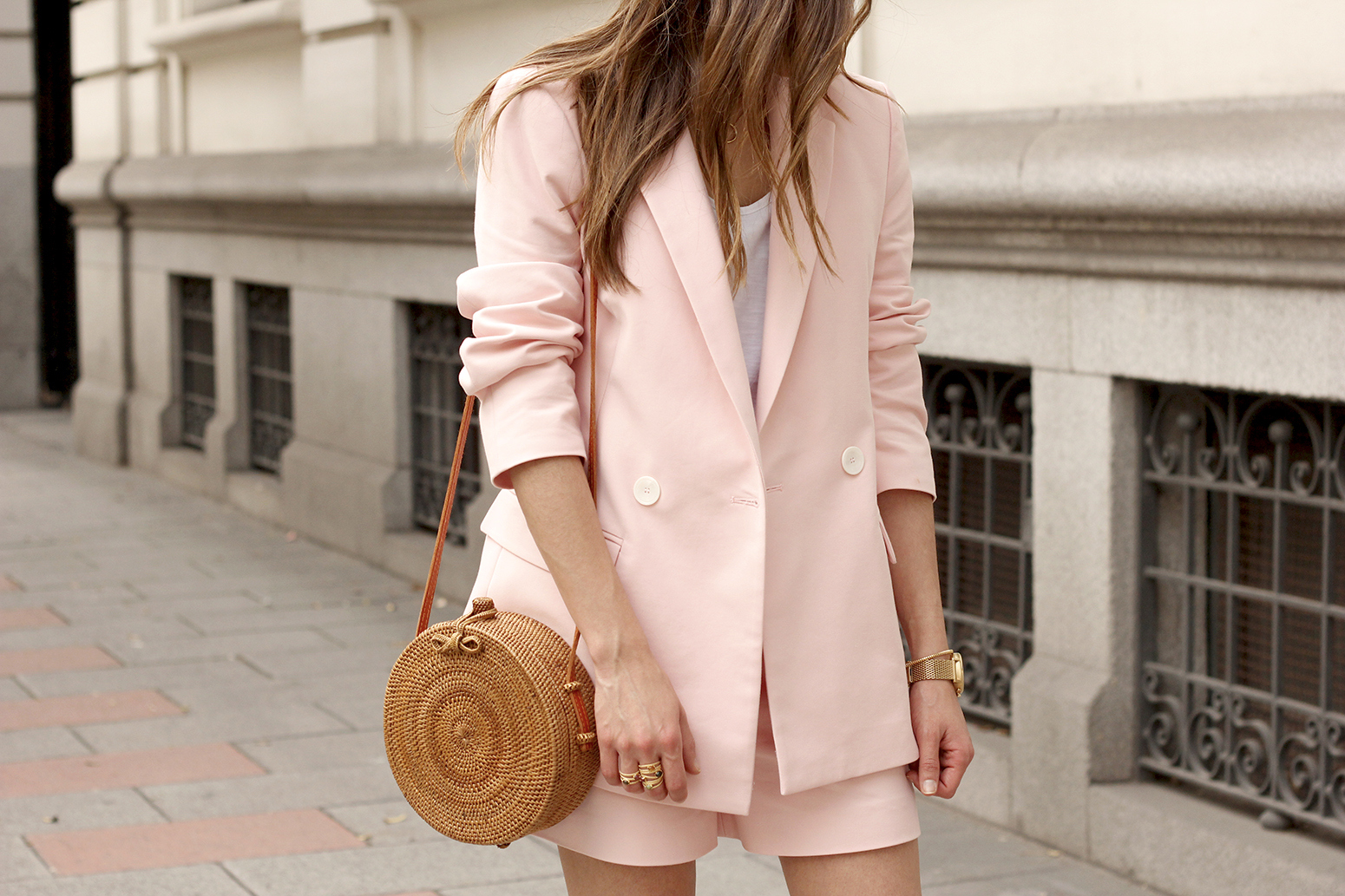 Pink suit shorts bambu bag nude high sandals outfit summer 201816