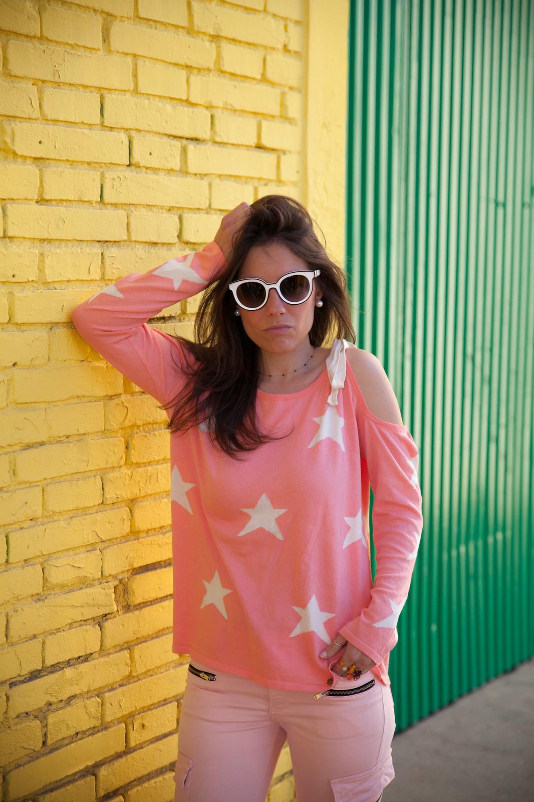 Look rosa con jersey de estrellas que nos queda bien a todas