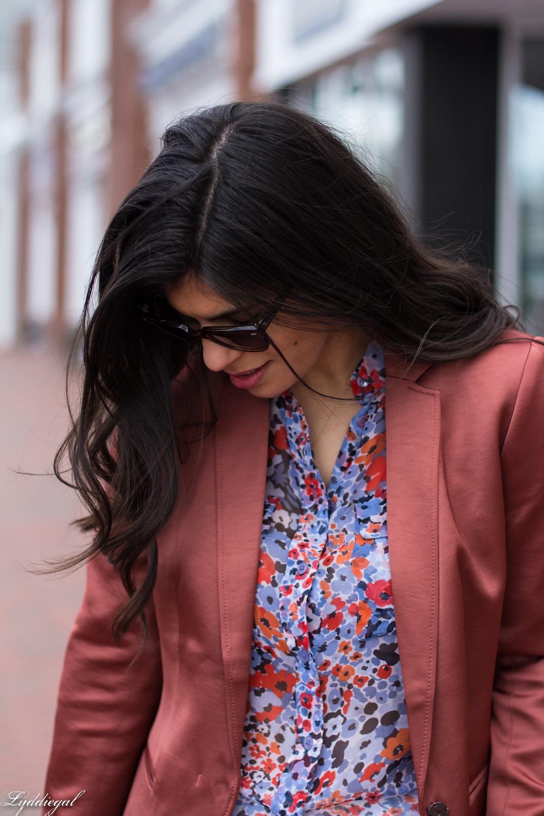 Rust Silk Blazer, Floral Blouse, White Jeans, Round Straw Bag-19.jpg