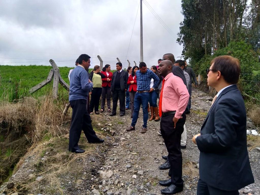 Estudiantes universitarios de Ecuador y Colombia intercambian experiencias en temas de cooperación