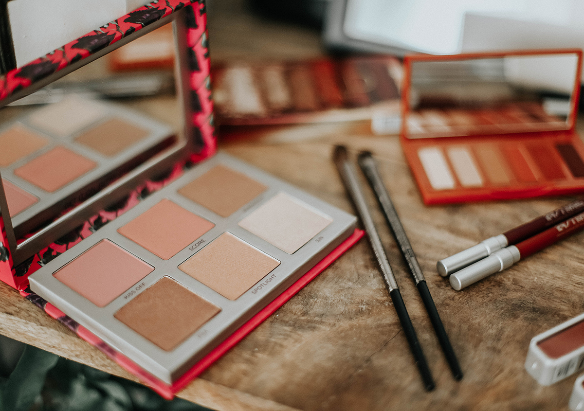 naked-heat-petite-urban-decay-descuento-friends-fanatic7