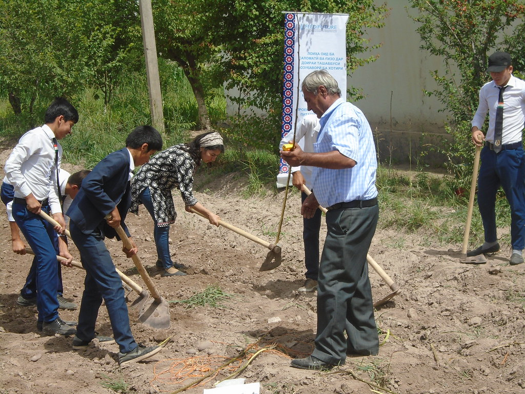 establishment of nutrition garden at schools in Khatlon, 2018 May
