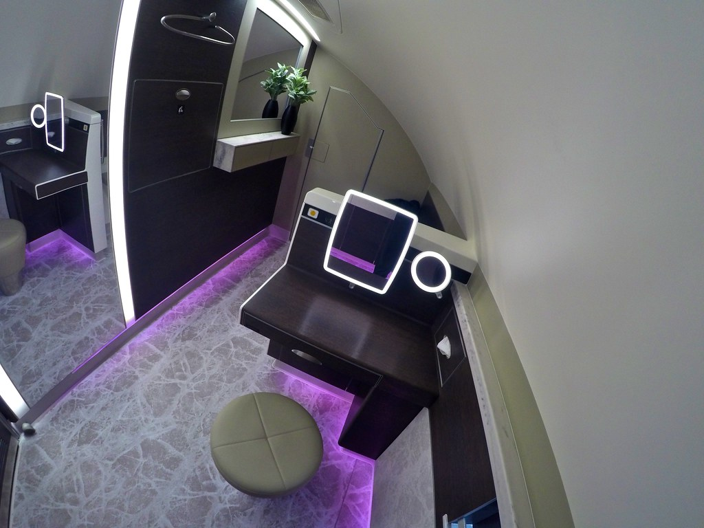 Singapore Airlines First Class Suites 51