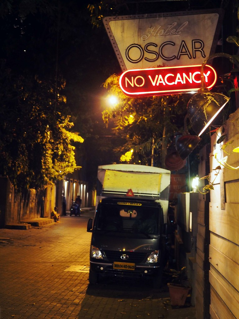 Mumbai Neon Lights Streets Bandra_effected