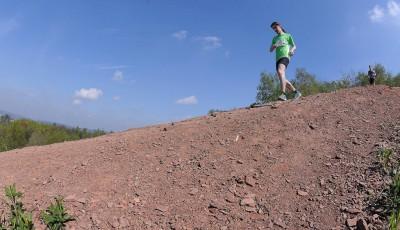 Nejlepší trénink na kopce je výběh na teplou ostravskou haldu