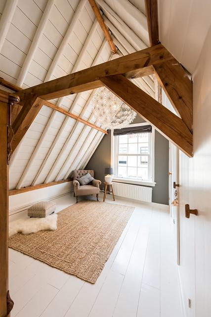 Zolder slaapkamer wit landelijk