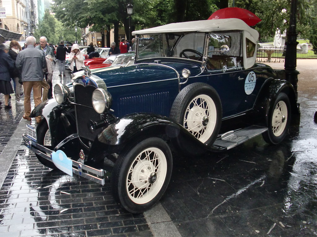 FORD A ROADSTER DE LUXE (1930)