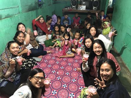 Bakti Sosial IPPMC - Panti Asuhan Siti Fatimah