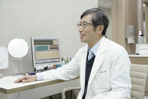 [台中] 買醫美療程以為在挑水果?除了儀器、價格,更該了解整形外科醫師的重要性