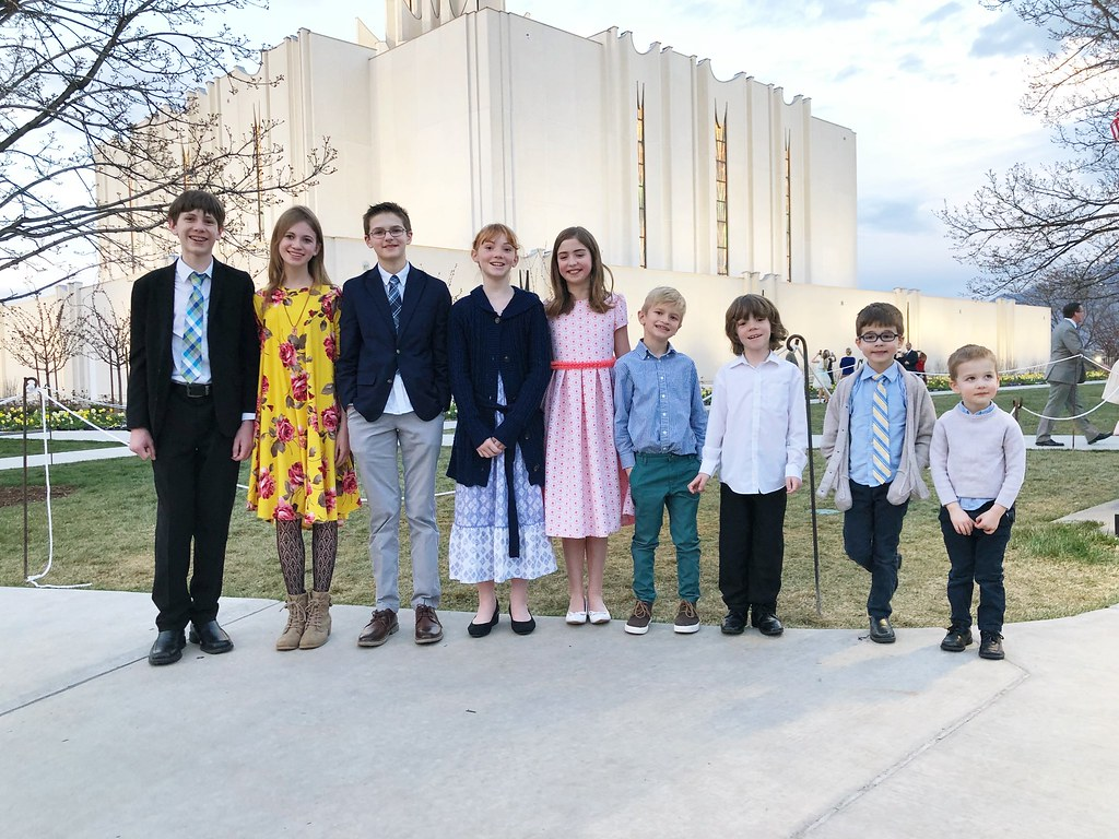 cousins at Jordan River Temple Open House