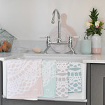 square_Maisy_teatowel_cloudpink_sink