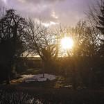 20180401-181108 - Schnee, Garten & Sonne
