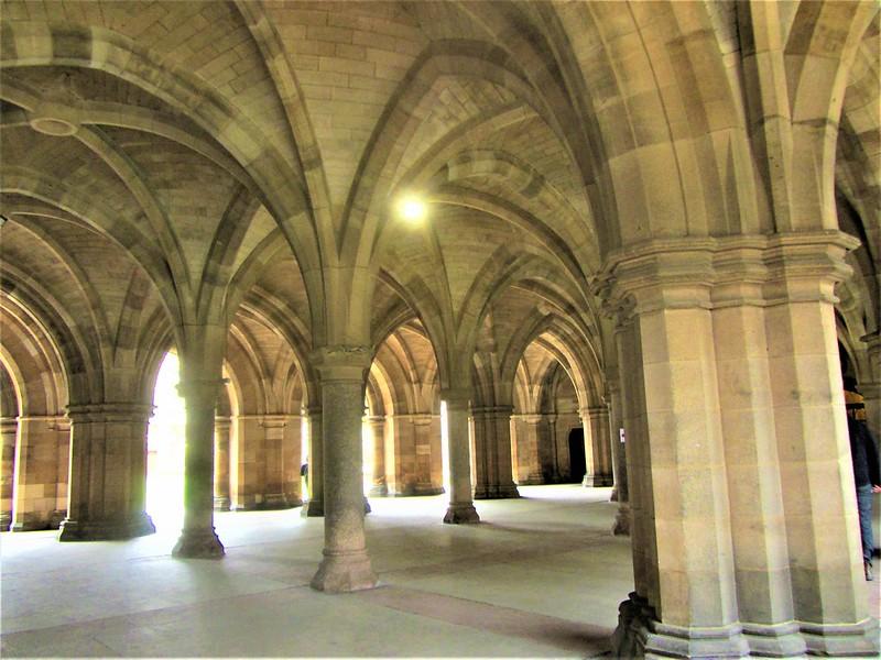 university-of-glasgow-ecosse-cloisters-thecityandbeauty.wordpress.com-blog-voyageIMG_9479 (3)