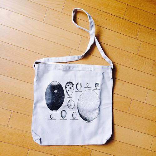 たまごショルダーバッグ ¥2916
