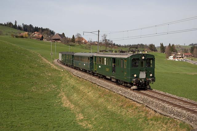 VHE BDe 2/4 unterwegs auf der Emmentalbahn bei Griesbach