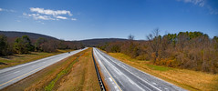 Panorama -- View West on I-66 at Toroughfare Gap Broad Run (VA) March 2018