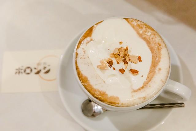 北海道 釧路美食-超濃杏仁牛奶.老牌文青超小咖啡廳:喫茶ボロンジ @右上的世界食旅