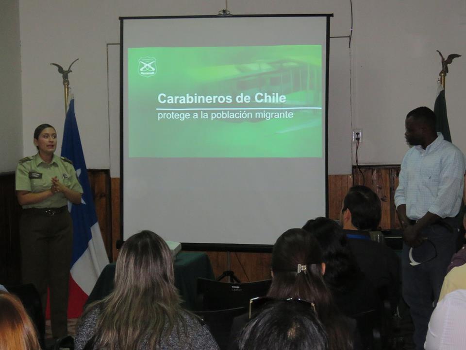 LINARES; Carabineros realizan Charla dirigida a Extranjeros recientes en la comun