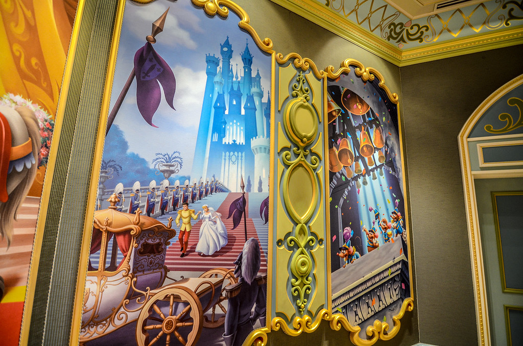 Art on Cinderella Castle wall TDL