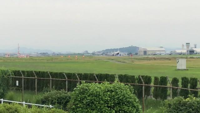 航空自衛隊YS-11飛行点検機 離陸 IMG_0545