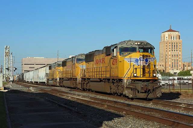 4579, 4588 + 2349, Beaumont, 22 March 2018