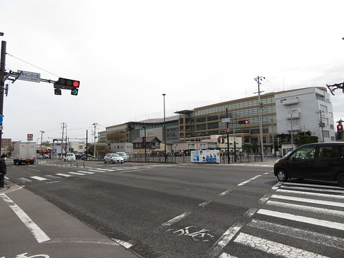 年金事務所入口バス停から福島競馬場へ歩く