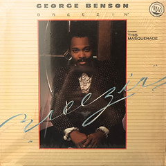 GEORGE BENSON:BREEZIN'(JACKET A)