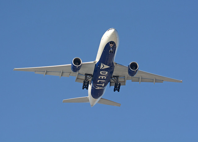 Delta Airlines Boeing 777, Nikon D7100, AF-S Nikkor 80-400mm f/4.5-5.6G ED VR