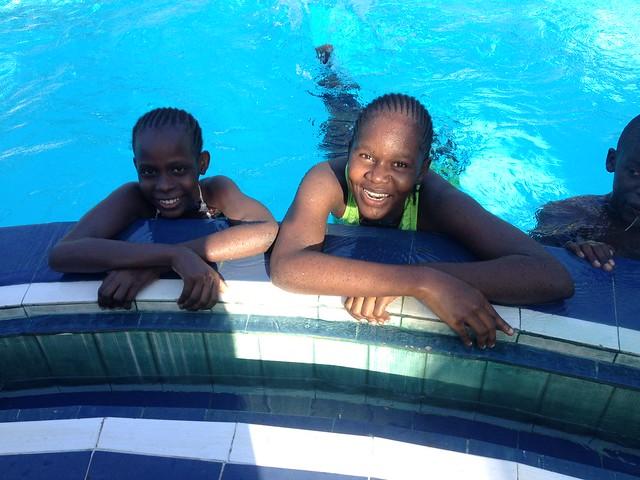 Brenda & Chabetty enjoy a dip in the pool