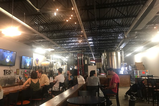 金, 2018-06-15 14:55 - Oyster Bay Brewing Co.