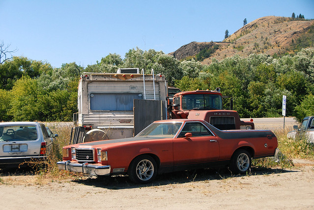 car junk yard (8)