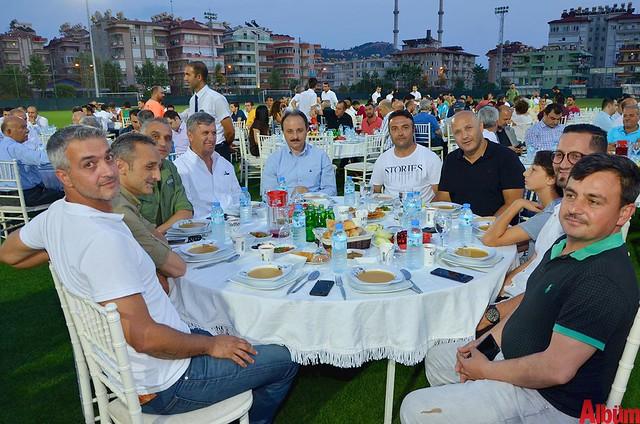 Kemal Yıldırım, Adem Gökmen, Barış Tekel, Ahmet Saz, Nurettin Uludağ, Murat Koç, Ahmet Çelik, Atilla Cenk Çelik, İbrahim Acar, Hilmi Yılmaz.