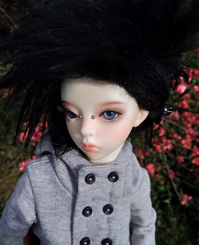Dark ladies - Carmen, petite sorcière p.16 - Page 13 27783967808_6888e223a3_b