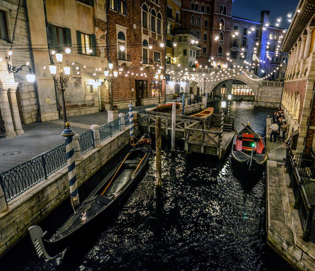 Mediterrenean canal night TDS