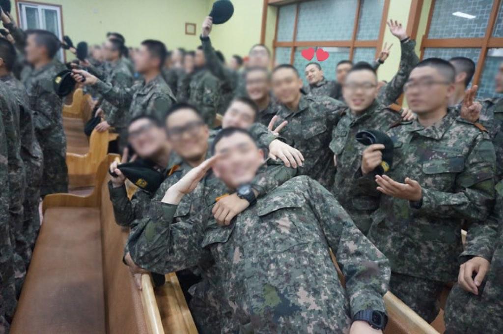 BIGBANG via YB_518 - 2018-04-17  (details see below)