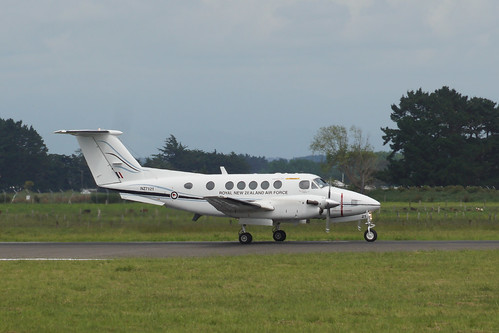 Royal New Zealand Air Force Beech Super King Air  NZ7121 - RNZAF Base Ohakea