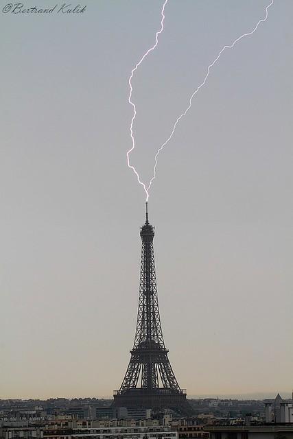 Impact sur la tour