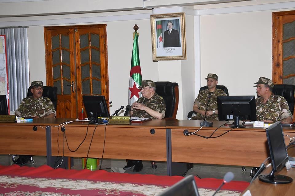 الجزائر : صلاحيات نائب وزير الدفاع الوطني - صفحة 21 42366894962_7eb7808c3e_b