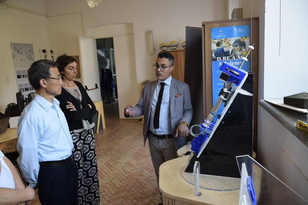 Visita delegazione dell'Ambasciata della Repubblica Popolare Cinese in Italia sono stati in visita a Città della Scienza