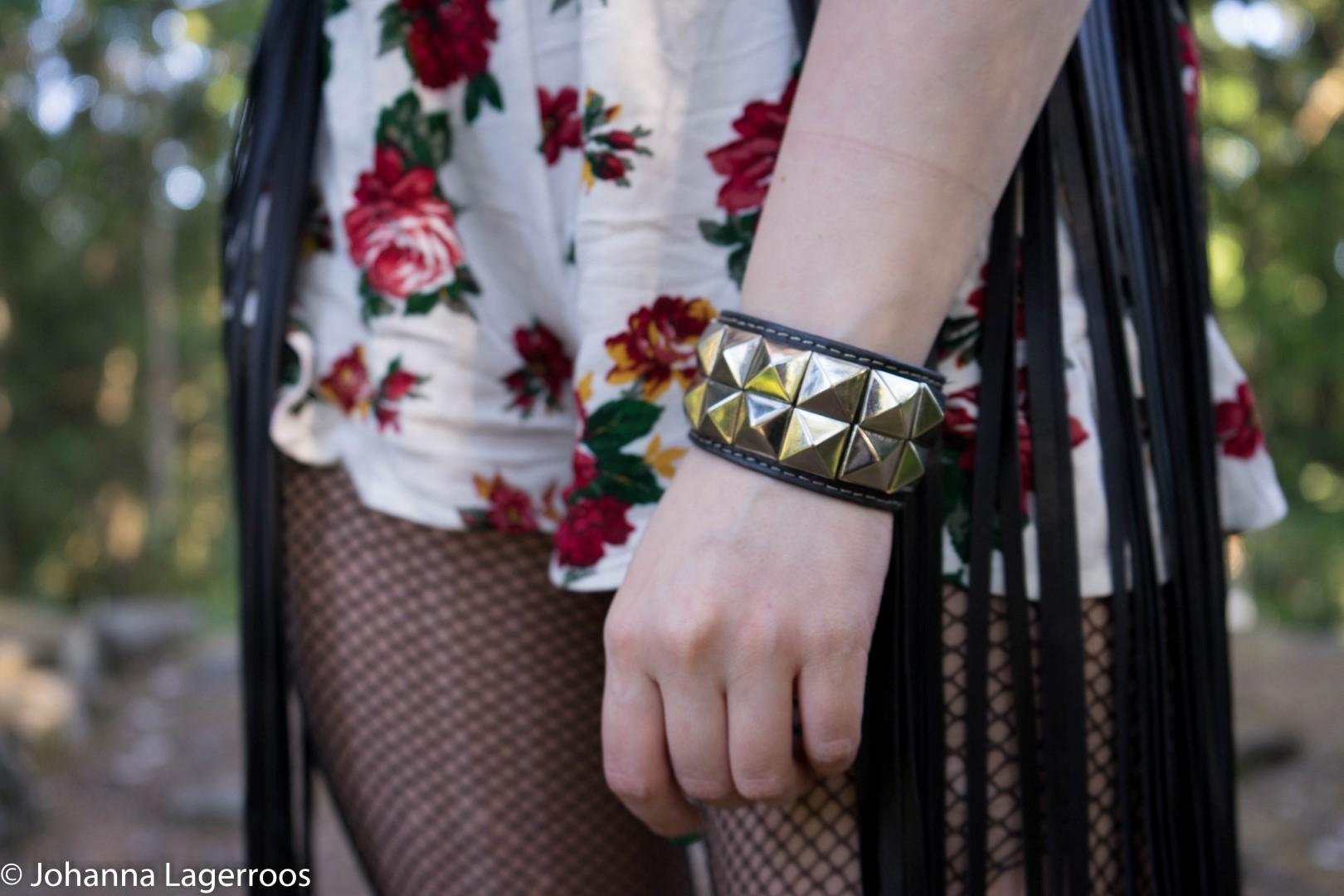 rock accessories