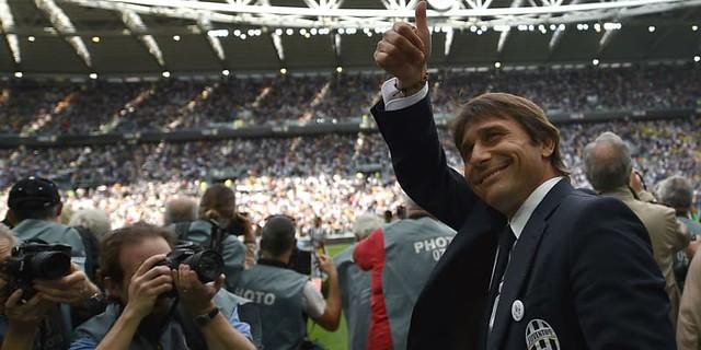 Antonio Conte Bantahan Soal Klaim Ingin Tinggalkan Chelsea