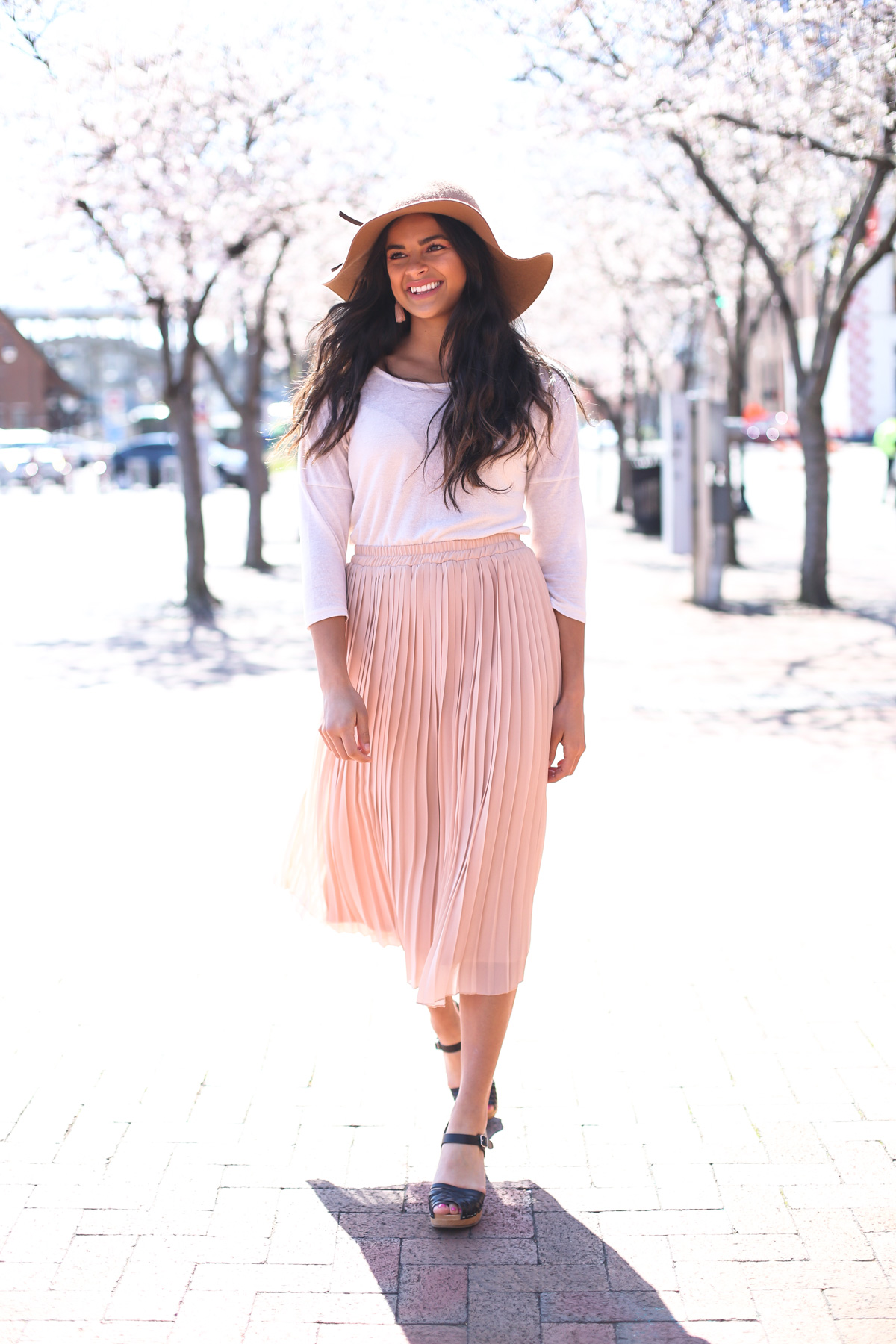 Priya the Blog, Nashville fashion blog, Nashville fashion blogger, Nashville style blog, Nashville style blogger, Spring in Nashville, Spring outfit, black Swedish Hasbeens, Tarte Lip Paint in Homeslice, tan floppy hat, pink pleated skirt, Spring outfit with floppy hat, Swedish Hasbeens, how to wear clogs