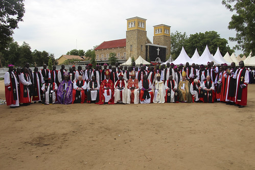 Visiting Primates and Bishops join South Sudanese bishops for the installation of Archbishop Justin Badi Arama